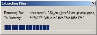 Obrazek 8. Rozpakowywanie pliku instalacyjnego w celu rozpoczęcia instalacji SQL Server.